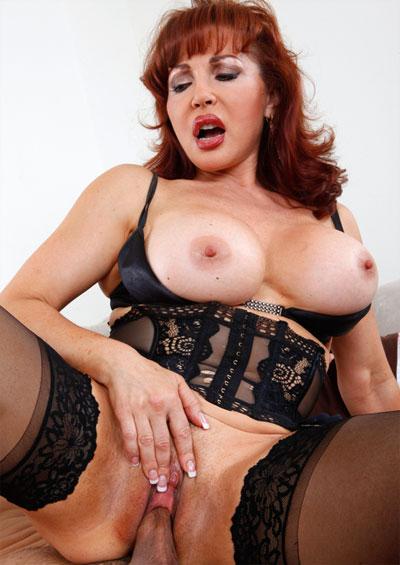 Vanessa Hot Mature Pics 33